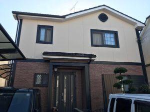 加古川市 1階部分には2色塗り再現工法。さらに、ツートンカラー仕上げの塗装仕上げに。