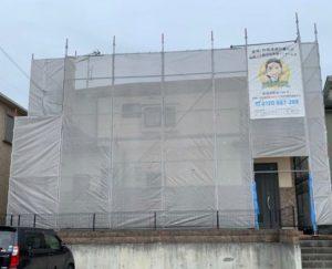 三木市 防カビ塗料を添加したクリア塗装仕上げで、デザイン性の高い外壁の模様を活かして、永く輝いて。