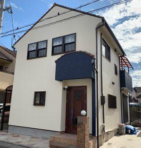 加古川市 白×青 外壁の色分けをして爽やかにイメージチェンジ!
