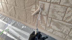 高砂市 外壁の模様仕上げ2色塗り再現工法、屋根塗装にガイナを使用
