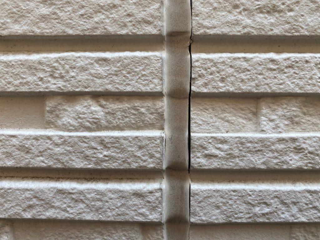 艶をおさえたクリア塗装で外壁のイメージをそのままに美しさと機能性を回復 姫路市