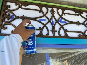 三木市 白とチョコレート色のコントラストがモダンな美観長持ち外壁・鉄部・門扉塗装