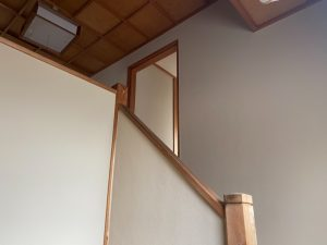 高砂市の純和風住宅 漆喰壁のひび割れ補修と塗装、室内壁を断熱塗料GAINA(ガイナ)塗装