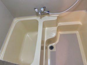 姫路市【バスタブ(浴槽)・浴室塗装】職人の技で、よみがる浴室