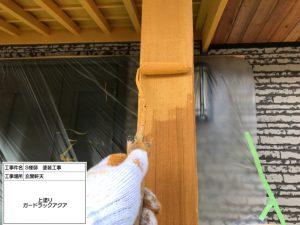 加西市築16年 軒天・玄関庇と柱の木部塗装、コケ汚れで困っていた外壁塗り替え