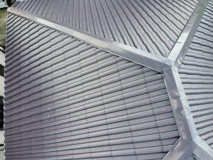 見えない屋根の全体を見てもらえ報告書も届けて頂け、安心できて嬉しい【加古川市・屋根外壁塗装工事から3年点検 】